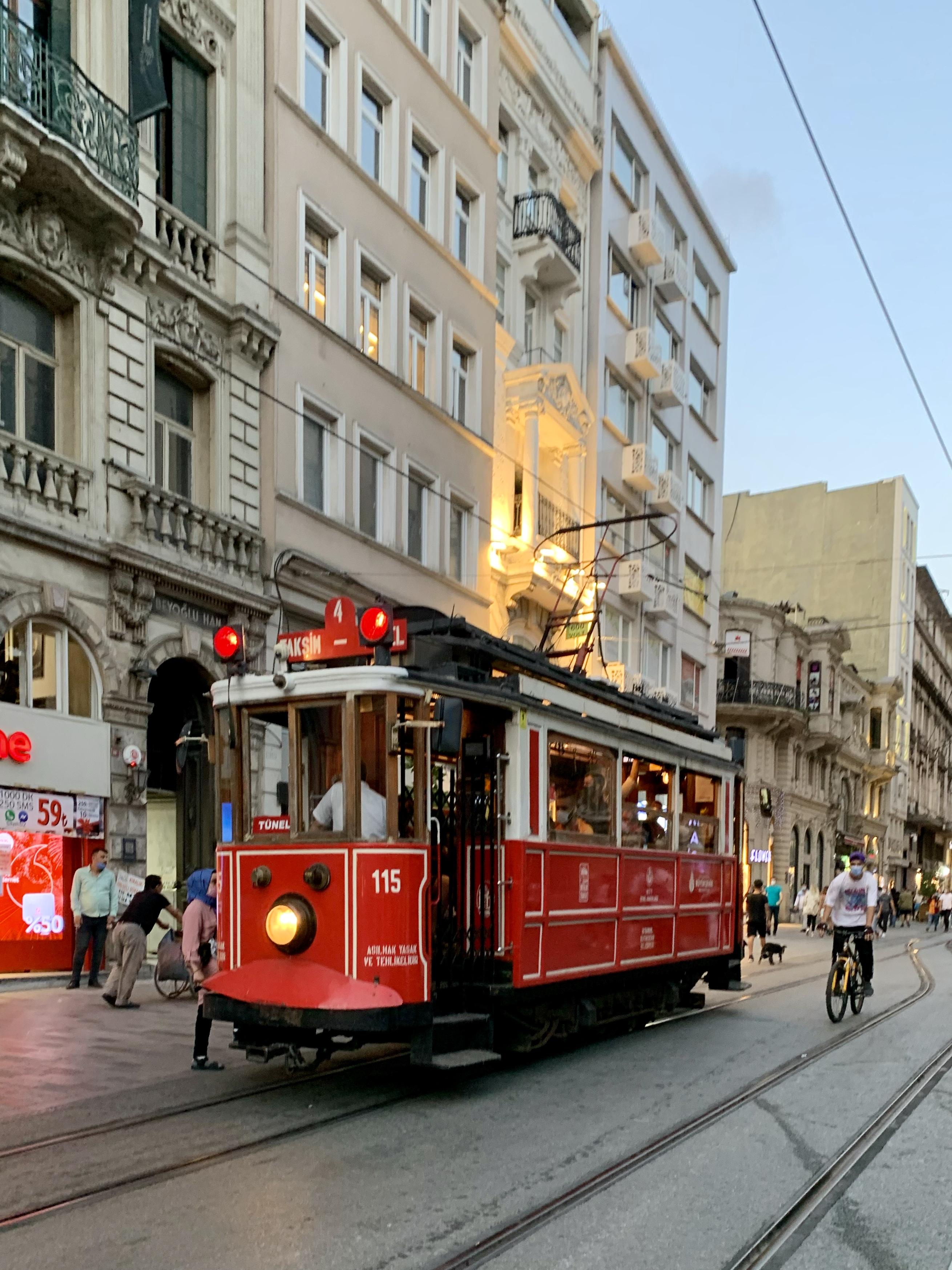 Crveni tramvaj Istanbul
